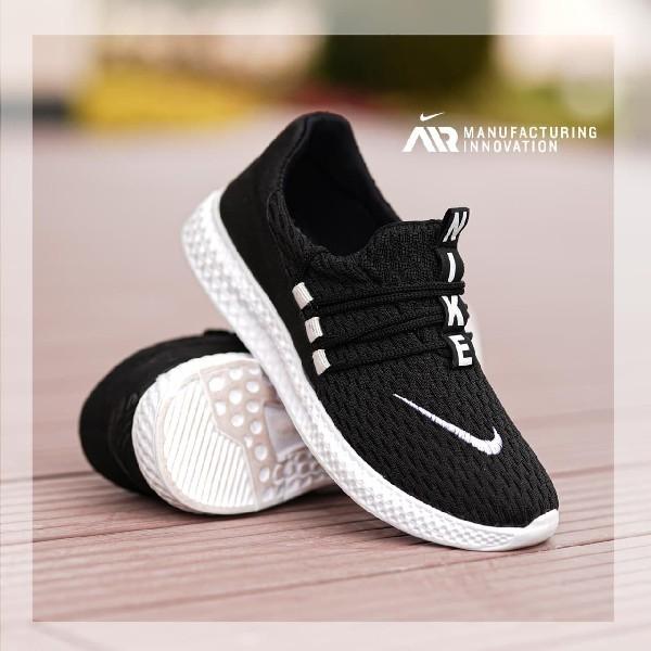 کفش مردانه Nike مدل Sufa (مشکی)